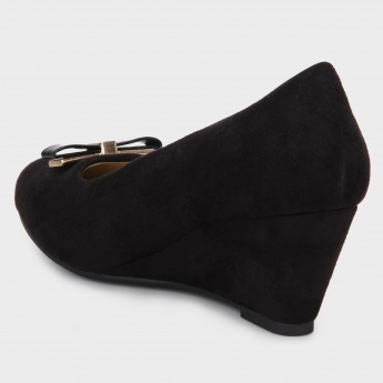 MAX Suede Wedges