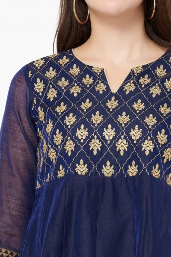 MAX Embroidered Motif Kurta
