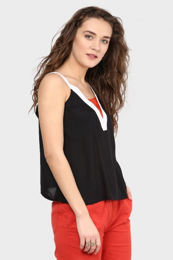 MAX Colour Block Top