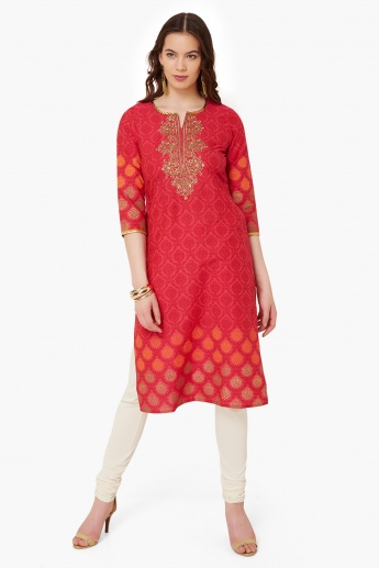 MAX Printed Embroidered Kurta