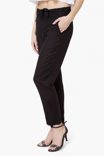 MAX Waist Tie-Up Straight Fit Pants