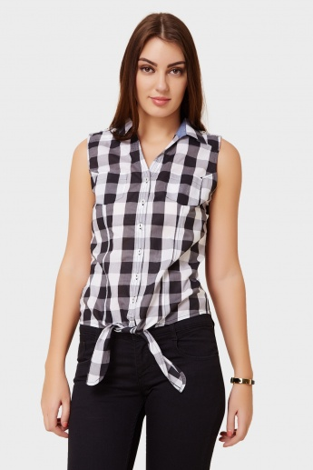 MAX Checks Printed Knotted Sleeveless Shirt