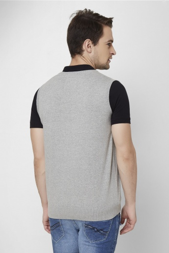 MAX V-Neck Sleeveless Sweater